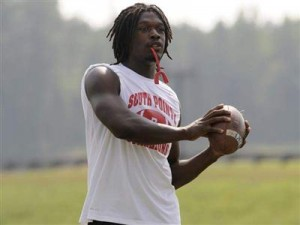 Apparently the nation's No. 1 recruit, Jadeveon Clowney of Rock Hill, S.C., never gave Georgia a whole lot of serious consideration before signing with South Carolina on Monday. (Photo by The Associated Press)